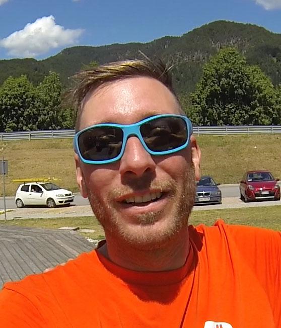 VitaSoni<i>K</i>® Anwender Michael Tron Acrobartic Paraglider